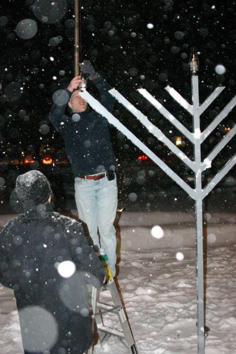Chanukah Night 1 2008 Snow Storm Dec 21 051.JPG